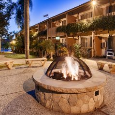 Best Western Plus Pepper Tree Inn Outdoor Fire Pit Courtyard