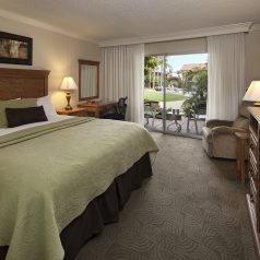 King room at Best Western Plus Pepper Tree Inn