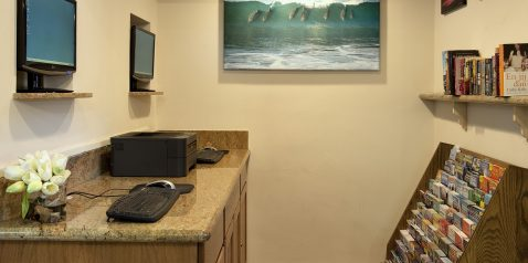 Business center at Best Western Pepper Tree Inn