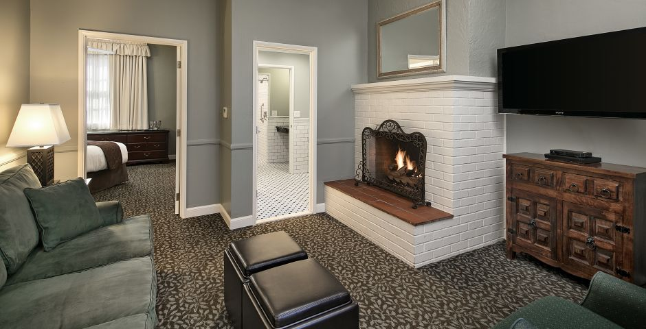 Lavender Accessible Fireside Suite